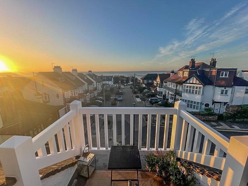 Top Floor Balcony